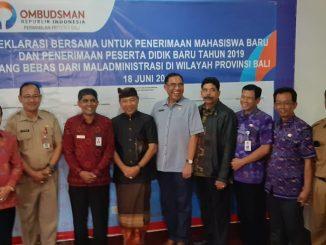 Para Kadis Pendidikan dan Rektor Tanda Tangan Deklarasi Peneriman Siswa Bersih/theeast.co.id