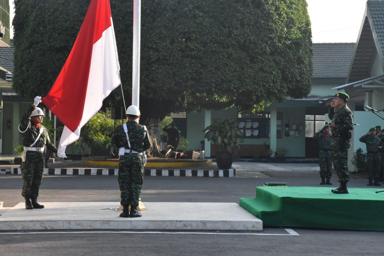 Upacara Bendera, Dandim 0803/Madiun : Tanamkan Kedisiplinan Dalam Menjalankan Tugas/theeast.co.id