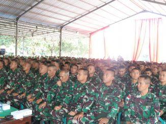 Prajurit Dan Persit Yonif Raider 509/Divif 2 Kostrad Terima Pembekalan Bintaldjuang/theeast.co.id