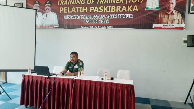 """Tingkatkan Wawasan Kebangsaan Pada Generasi Muda, Dandim 0104/Atim Bekali Mahasiswa Sejarah Berdirinya NKRI""""/theeast.co.id"""