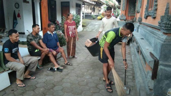 Anggota Satgas TMMD Beraktifitas Layaknya Di Rumah Orang Tua Sendiri/theeast.co.id