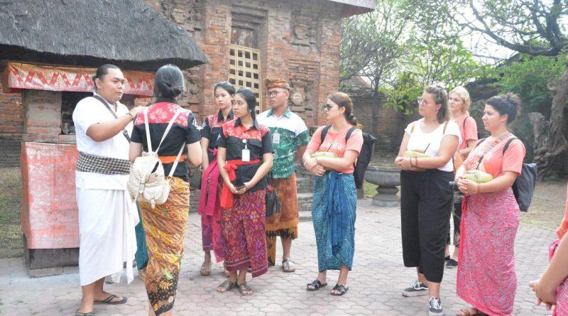 Mahasiswa Dari 20 Negara Kunjungi Kawasan Heritage Kota Denpasar/theeast.co.id