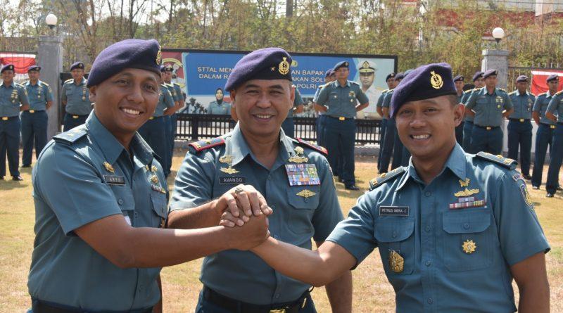 Ketua BEM STTAL Diserah TerimakanMayor Laut(P)Petrus Indra Cahyadi,S.T/theeast.co.id