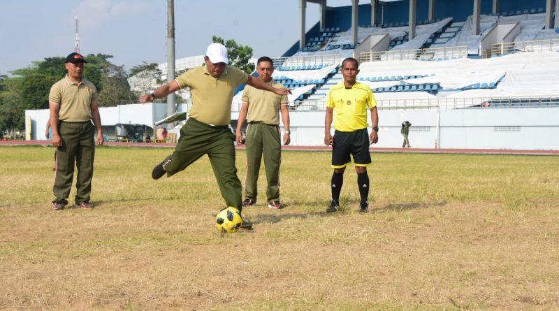 HUT TNI ke 74, Korem 091/ASN Gelar Sepak Bola Danrem 091/ASN Cup/theeast.co.id