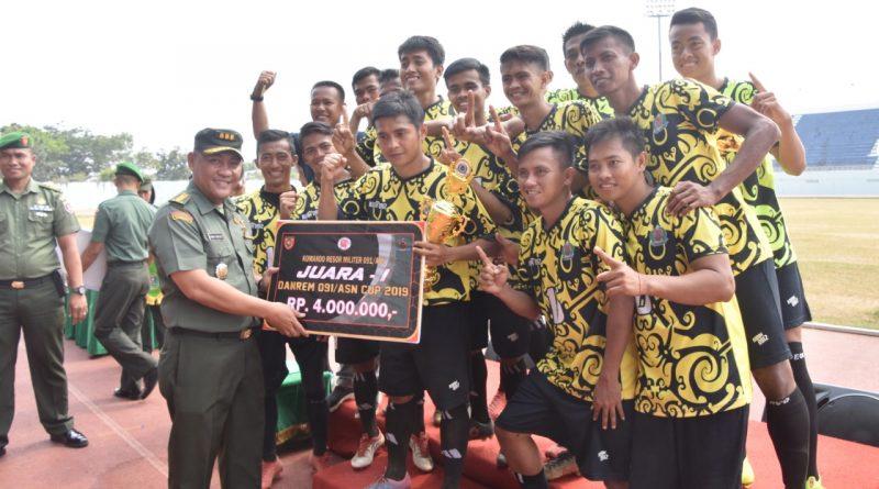 Kodim Kutai Barat Raih Juara Di Turnamen sepak Bola Danrem Cup tahun 2019 /theeast.co.id