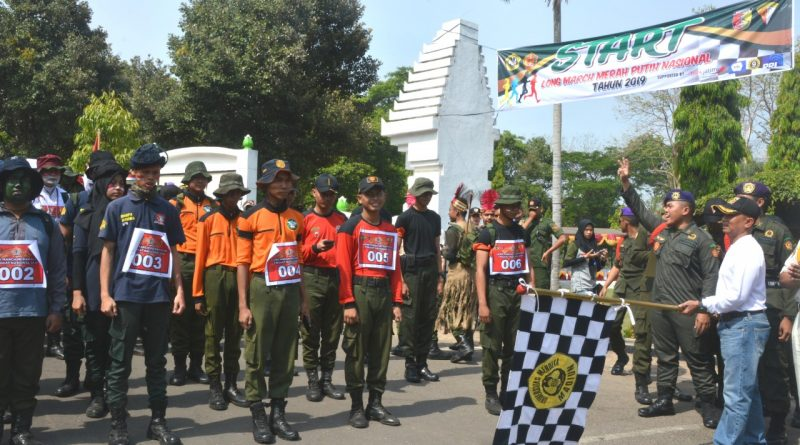 Danrem Lepas Long March Merah Putih Tingkat Nasional 2019/theeast.co.id