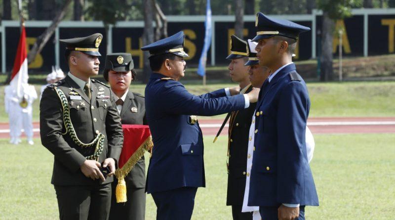 Panglima TNI Lantik 185 Perwira Prajurit Karier TNI Khusus Kesehatan/theeast.co.id
