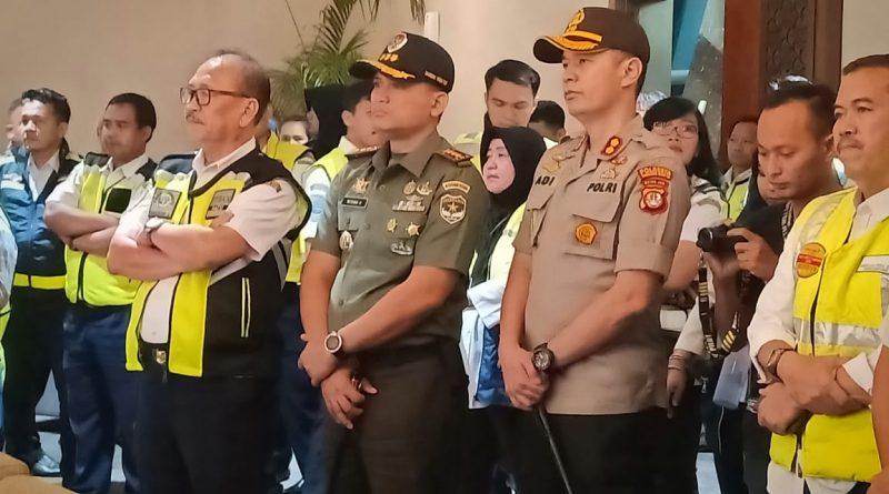 Dandim 0506/Tgr Dampingi Menhub RI Cek Kesiapan Natal dan Tahun Baru/theeast.co.id