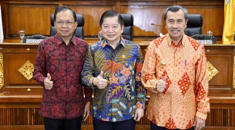 Dipuji Menteri PPN/Kepala Bappenas, Bali Siap Dukung Pembangunan Rendah Karbon/theeast.co.id