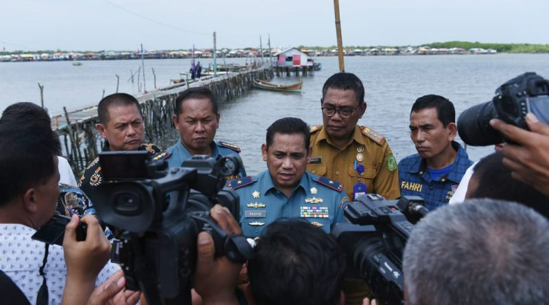 Danlantamal I Canangkan Kampung Nelayan Menjadi Kampung Pelangi Belawan/theeast.co.id