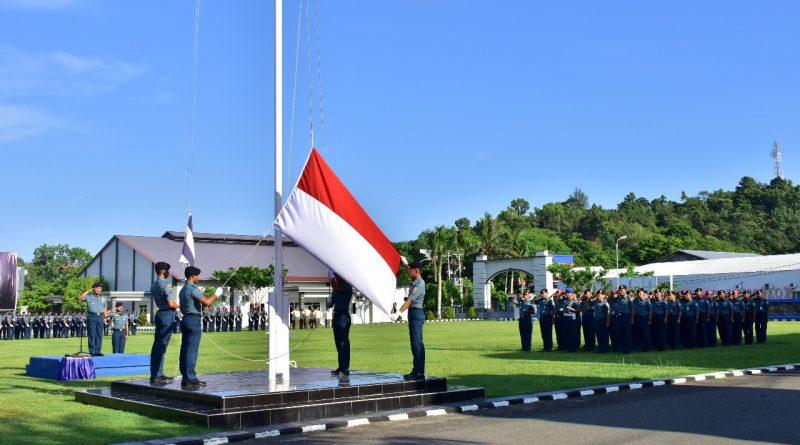 Upacara Bendera di Koarmada III Tertib dan Khidmat/theeast.co.id