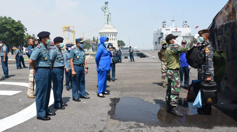 Panglima Koarmada II Sambut Kedatangan KRI Makassar-590 Usai Laksanakan Misi Lattek Layar Pra Jalasesya 2020/theeast.co.id
