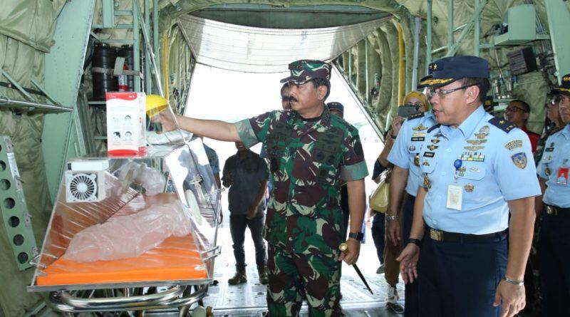 Panglima TNI Tinjau Kontainer Isolasi Medik Udara (KIMU) TNI AU/theeast.co.id