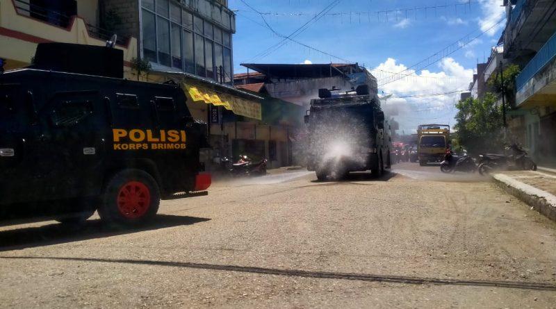 Polres Belu Bersama Pemkab Belu dan TNI Lakukan Penyemprotan Disinfektan/theeast.co.id