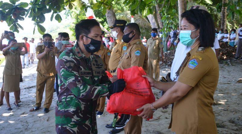 Lantamal VIII Dukung Penyaluran Bantuan Forkopimda Sulut/theeast.co.id