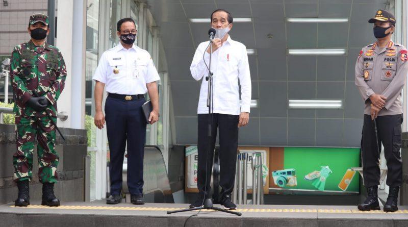 Panglima TNI Dampingi Presiden Jokowi Tinjau Persiapan Penerapan Prosedur New Normal /theeast.co.id