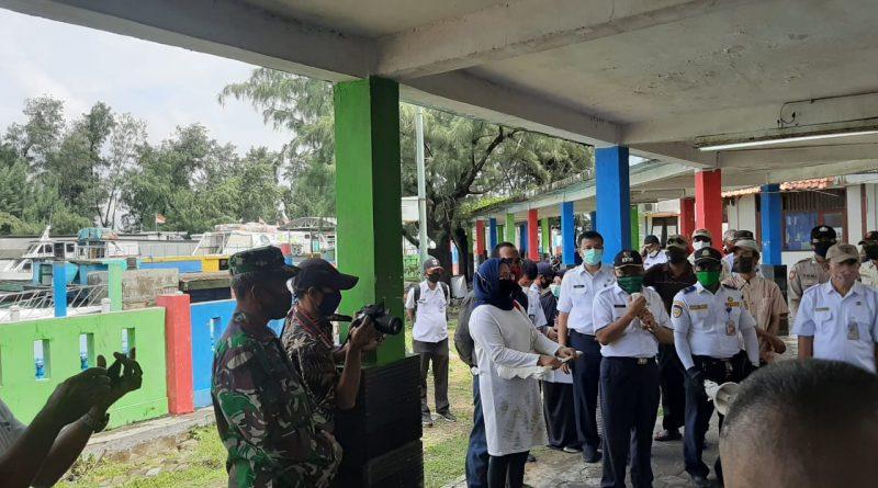 Bupati Beserta Unsur Tri Pilar Kepulauan Seribu Sambut Empat Pasien Positif Covid 19 Yang Sembuh/theeast.co.id
