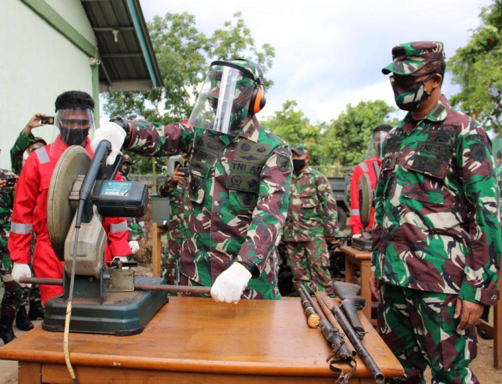 Pangdam XII/Tpr Pimpin Disposal 1.196 Pucuk Senjata Non Organik Hasil Operasi/theeast.co.id