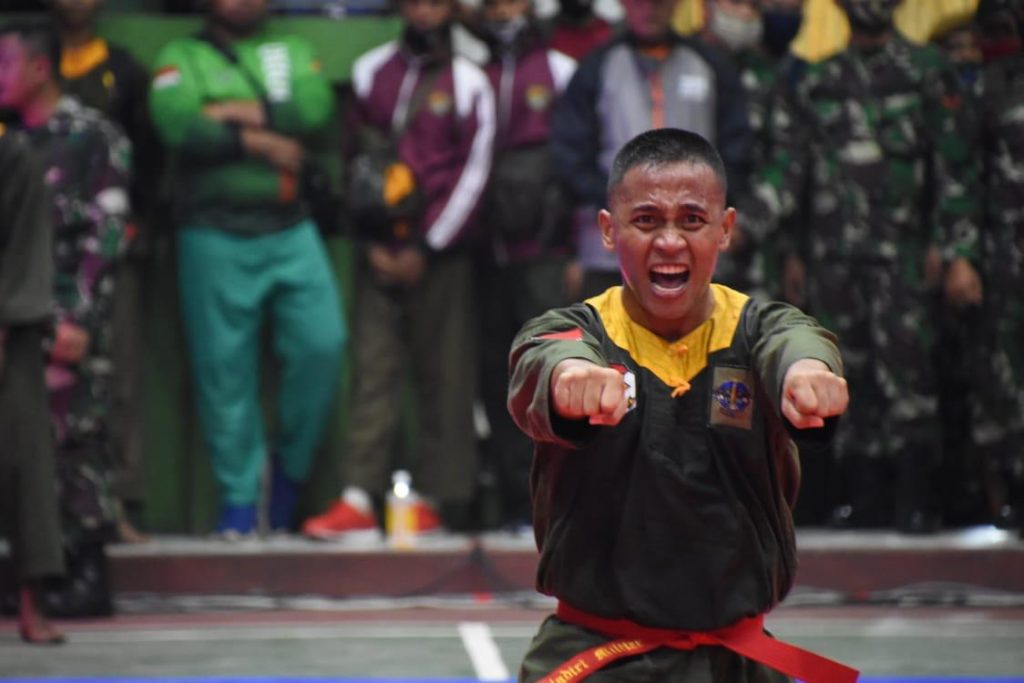Prada Abdul Thalib Anggota Yonmek 201/JY Juara I Kelas Perorangan Lomba BDM Tersebar Piala Kasad TA 2020/theeast.co.id