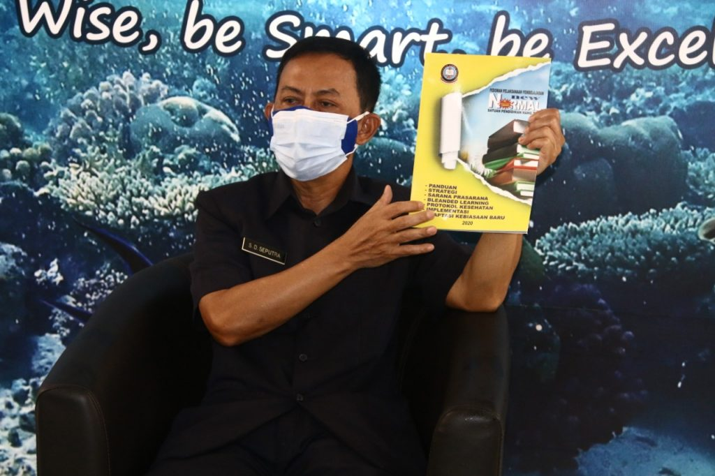 "Yayasan Hang Tuah Launching Buku ""Pedoman Pelaksanaan Pembelajaran Era New Normal""/theeast.co.id"