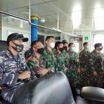 10 Calon Komandan KRI Laksanakan Manlap OGK di Laut